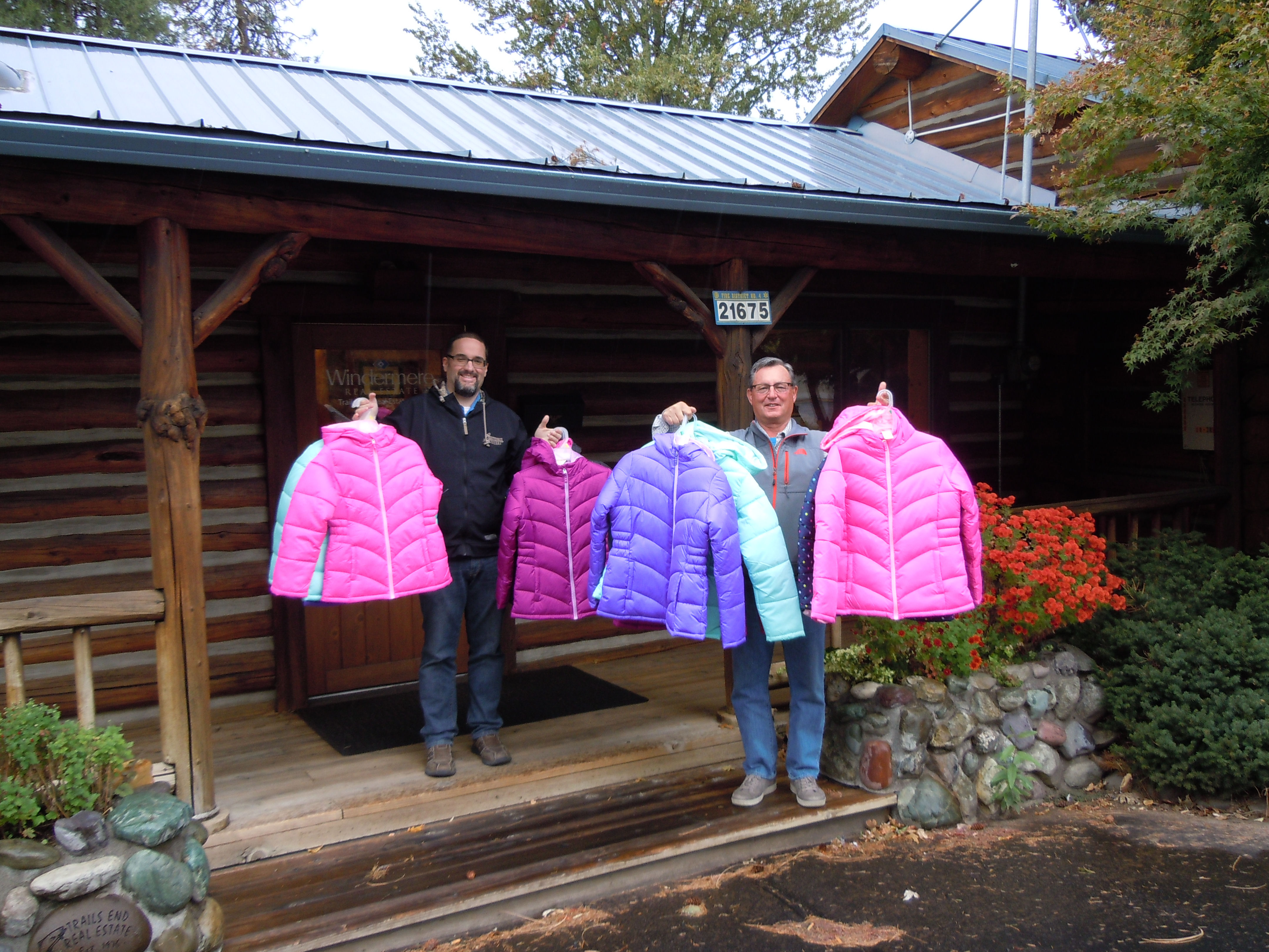 coats for kids, windermere coats for kids campaign, oregon coats for kids, mike malepsy, mike coble